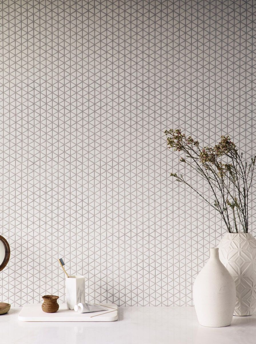 Confiserie White Triangle Mosaic